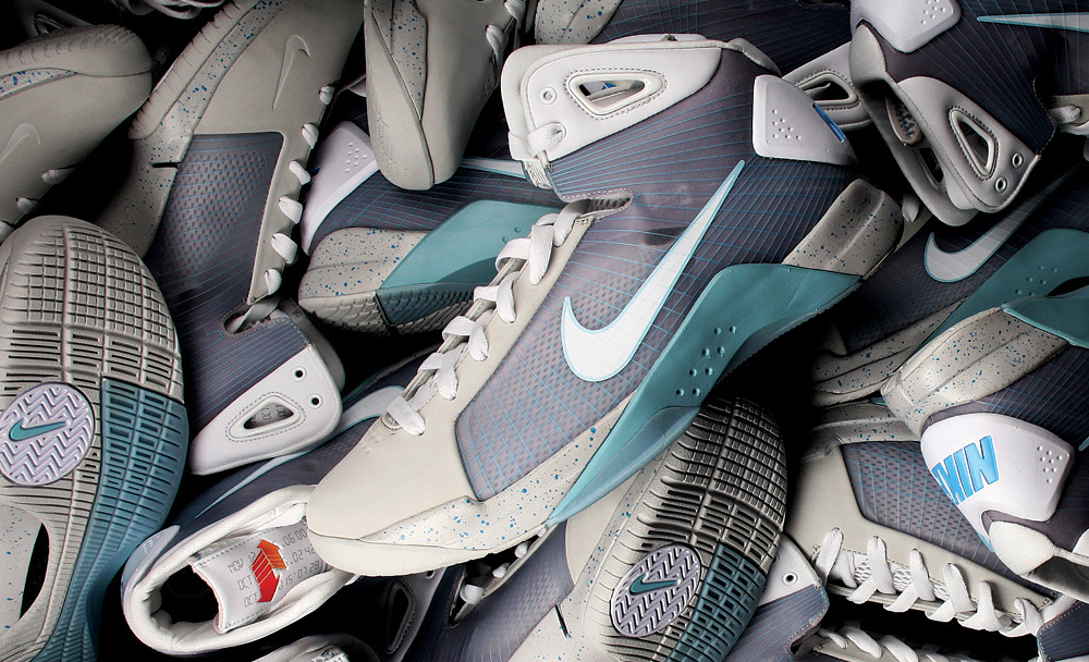 Here are some of my favorite images showcasing the detail, innovation and  modern constructions of some of Nike's greatest products.
